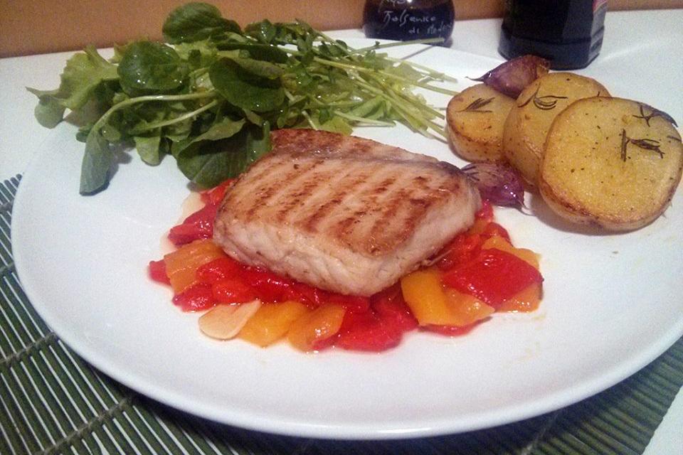 Pimentão com Alecrim e peixe grelhado